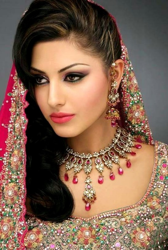 Wedding-Bridal Hair Styles-Perfect Hair Styles For Party