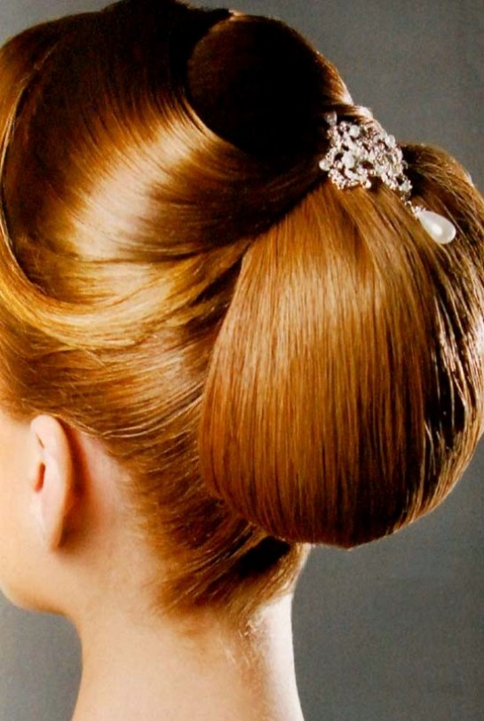Bridal-Wedding-Perfect-Hair-Styles-For-Girls-Women-New-Fashion-Hair-Cuts-2013-8
