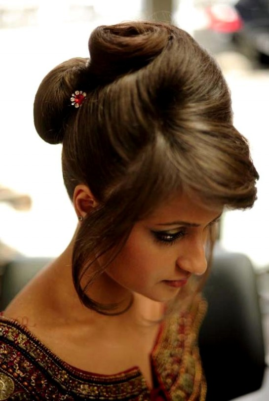 Stupendous Wedding Bridal Hair Styles Perfect Hair Styles For Party Occasions Hairstyle Inspiration Daily Dogsangcom