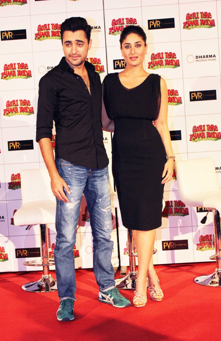 Imran-Karan-Kareena-at-Gori-Tere-Pyaar-Mein-First-Look-Launch-Photo-Gallery-Pictures-12