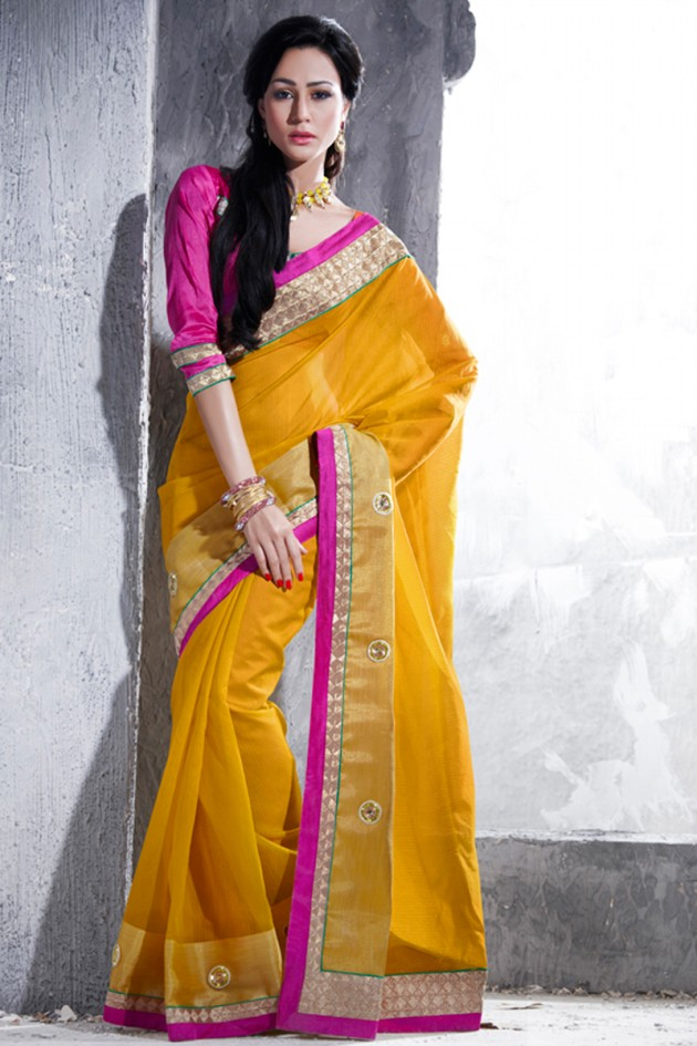Indian-Brides-Bridal-Wedding-Party-Wear-Embroidered-Saree-Design-New-Fashion-Reception-Sari-13