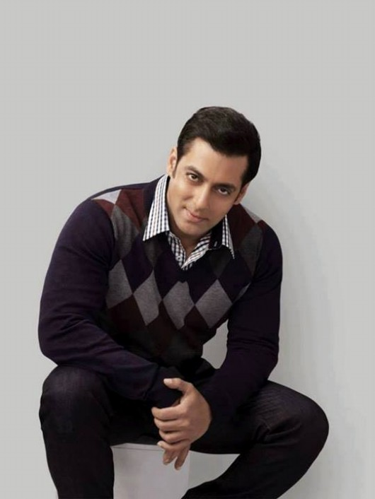 Salman-Khan-Photoshoot-For-Splash-Fashionable-Winter-Clothes-Collection-Mens-Wear-Suits-14