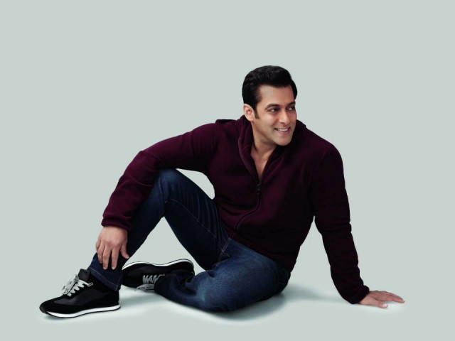 Salman-Khan-Photoshoot-For-Splash-Fashionable-Winter-Clothes-Collection-Mens-Wear-Suits-