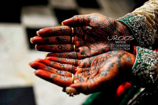 Beautiful-Eid-Mehndi-Designs For-Hand-Feet-Arabic-Henna-Mehndi-Designs-Bridal-Wedding-6