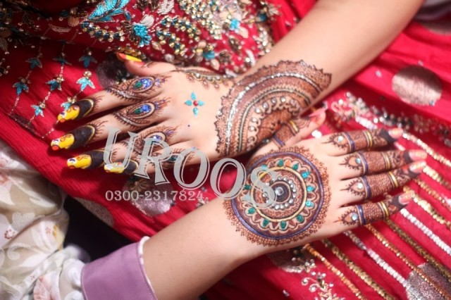 Beautiful-Eid-Mehndi-Designs For-Hand-Feet-Arabic-Henna-Mehndi-Designs-Bridal-Wedding-8