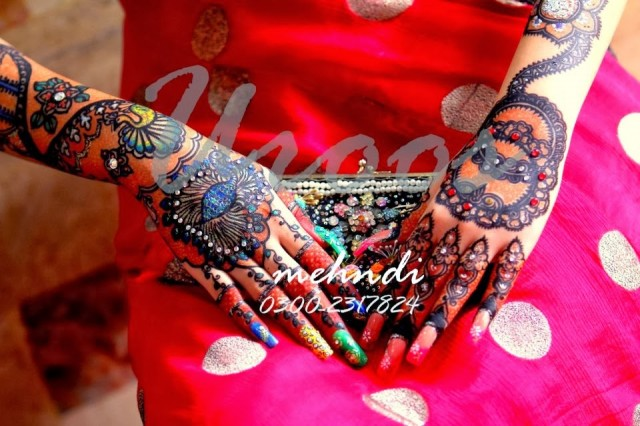 Beautiful-Eid-Mehndi-Designs For-Hand-Feet-Arabic-Henna-Mehndi-Designs-Bridal-Wedding-9