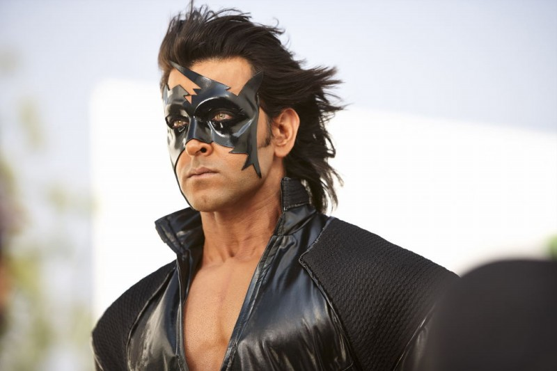 Hrithik-Roshan-and-Priyanka-Chopra-at-Krish-3-Movie-Stills-Trailer-Photo-Pictures-