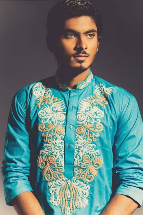 New-Look-Mens-Gents-Wear-Embriodered-Kurtas-Salwar-2013-14-By-Deepak-n-Fahad-2