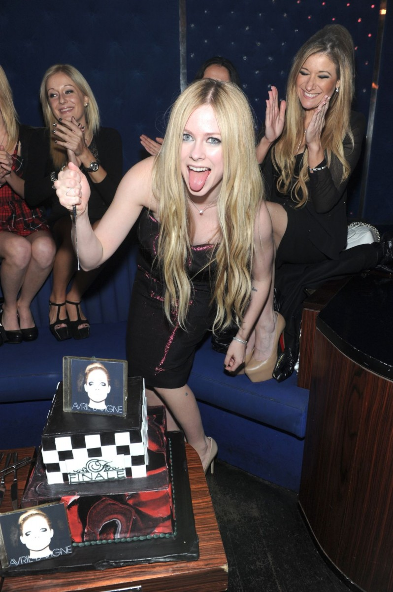 Avril-Lavigne-at-Her-New-Album-Release-Party-in-Newyork-Pictures-Image-7