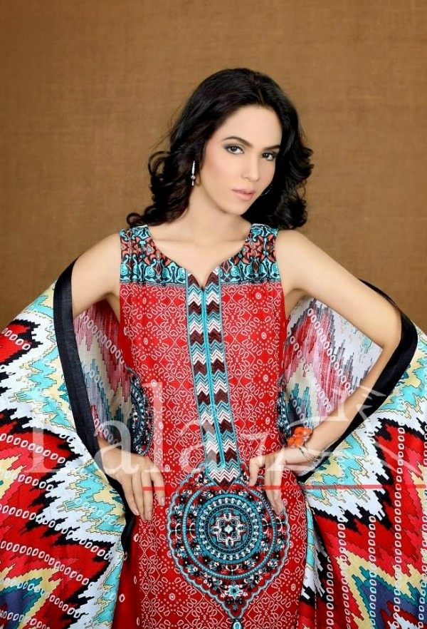 Beautiful-Girls-Ladies-Wear-New-Fashion-Khaddar-Clothes-by-Lala-Textiles-And-Afreen-7