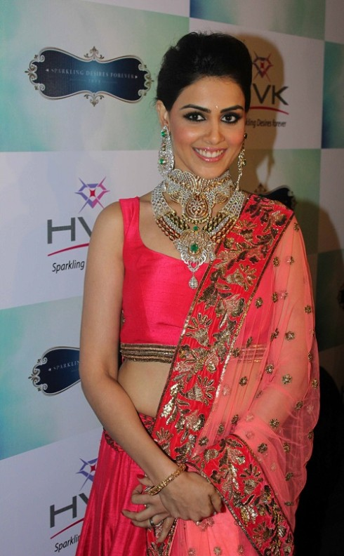 Genelia-Dsouza-Ramp-Walks-for H V Jewels Show Pictures 1