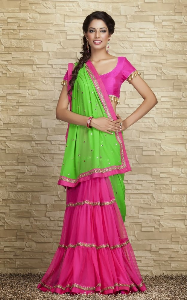 Indian-Designers-Beautiful-Bridal-Wedding-Saree-dress-Design-New-Fashionable-Sari-for-Girls-Women-10
