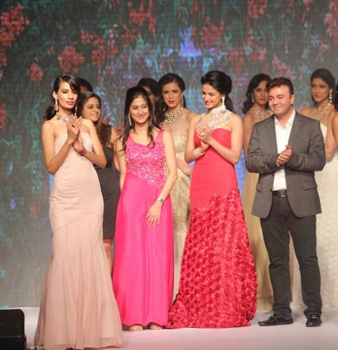 kashi Jewels Show at IIJW 2013 Day 4 Pictures 11