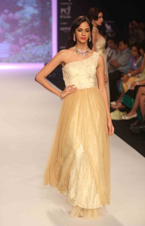 kashi Jewels Show at IIJW 2013 Day 4 Pictures 5