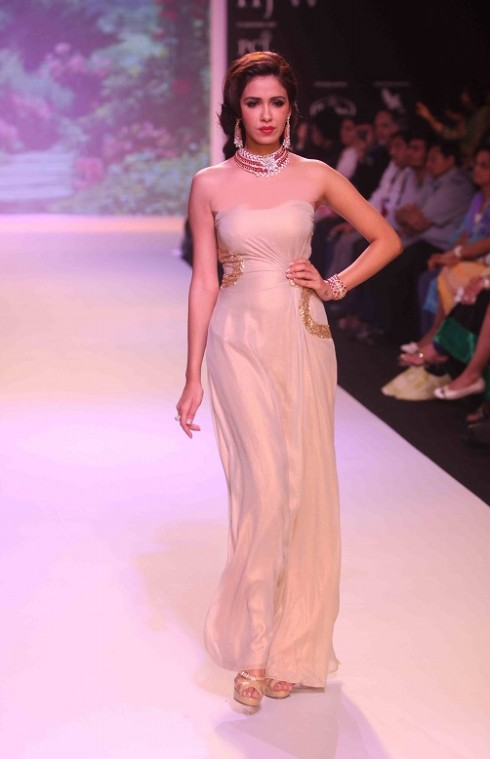 kashi Jewels Show at IIJW 2013 Day 4 Pictures 10