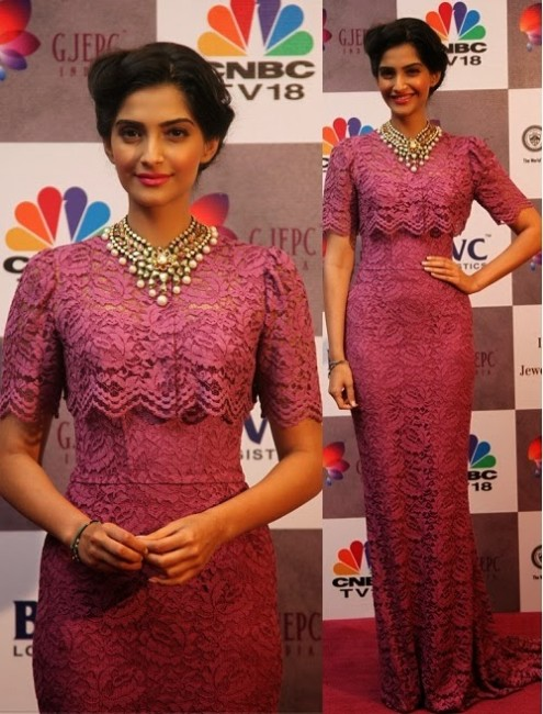 Sonam Kapoor in Designer Wear Wedding-Bridal Suits 2013-14-3