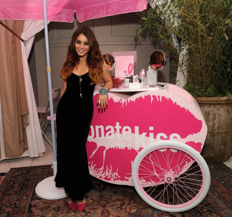Vanessa-Hudgens-at-2013-Ulta-Beauty-Donate-with-a-Kiss-Event-in-Newyork-Pictures-1