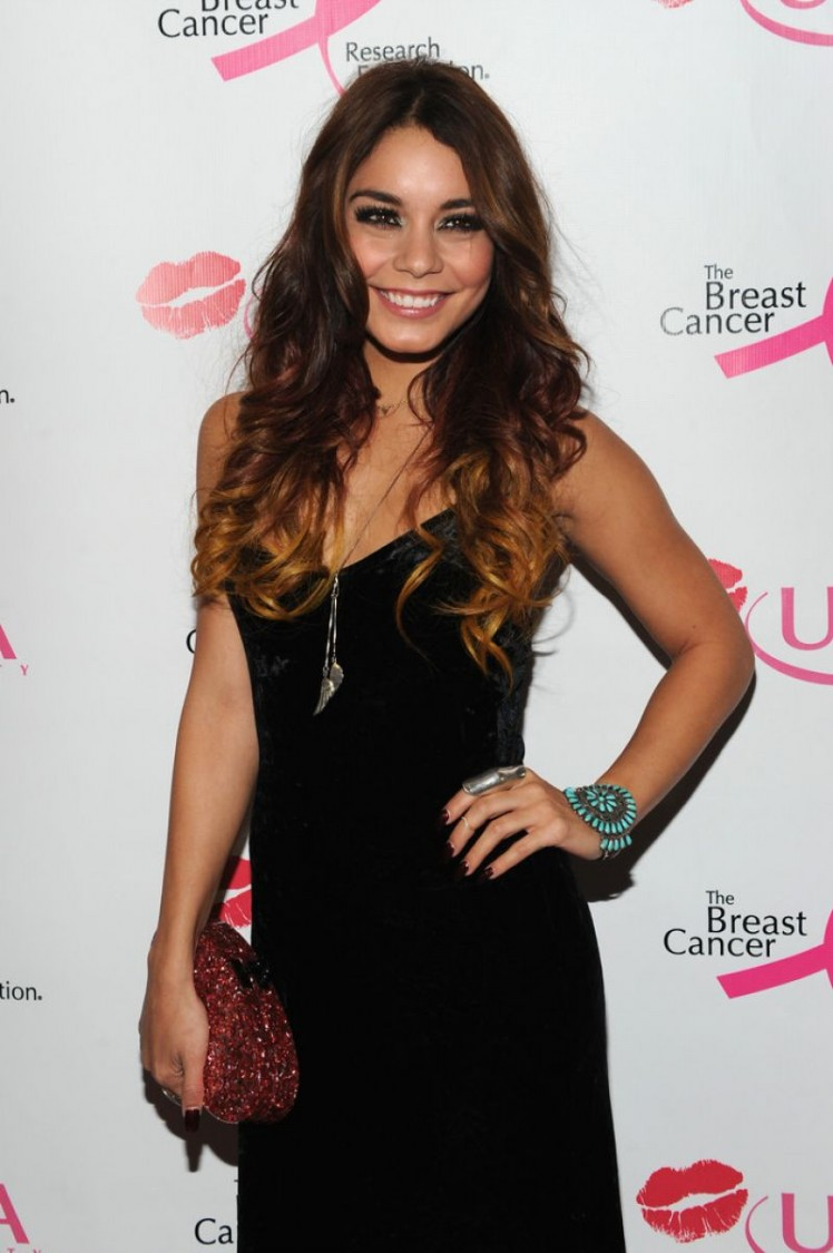 Vanessa-Hudgens-at-2013-Ulta-Beauty-Donate-with-a-Kiss-Event-in-Newyork-Pictures-8