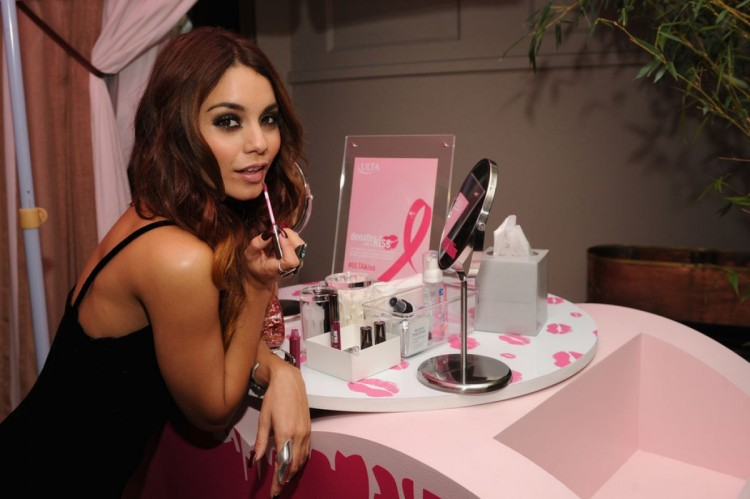 Vanessa-Hudgens-at-2013-Ulta-Beauty-Donate-with-a-Kiss-Event-in-Newyork-Pictures-