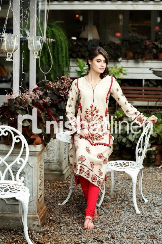 Beautiful-Girls-Wear-New-Fashion-Suits-by-Nishatlinen-PRET-Fall-Winter-Designs-VOL2-7