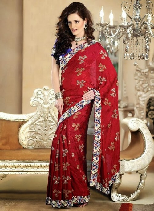 Beautiful-Girls-Women-Wear-Christmas-Exclusive-Saree-Dress-New-Fashion-Red-Suits-Design-7