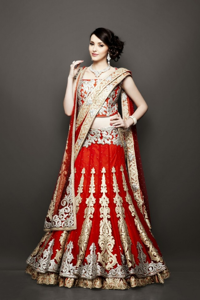 Bridesmaid-Brides-Wedding -Bridal-Gown-Lehenga-Dresses-New-Fashion-Outfits-11