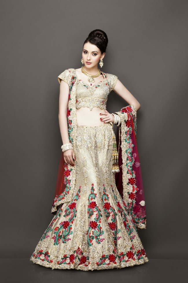 Designer Wedding Lenghas for Indian Girls 10