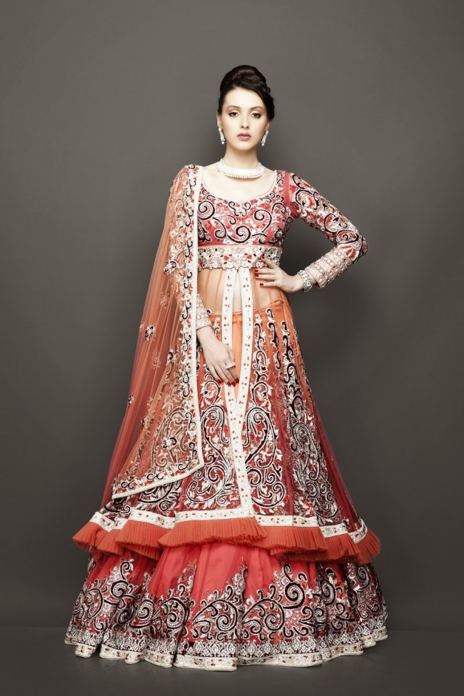 Bridesmaid-Brides-Wedding -Bridal-Gown-Lehenga-Dresses-New-Fashion-Outfits-8