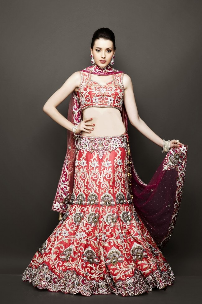 Bridesmaid-Brides-Wedding -Bridal-Gown-Lehenga-Dresses-New-Fashion-Outfits-9