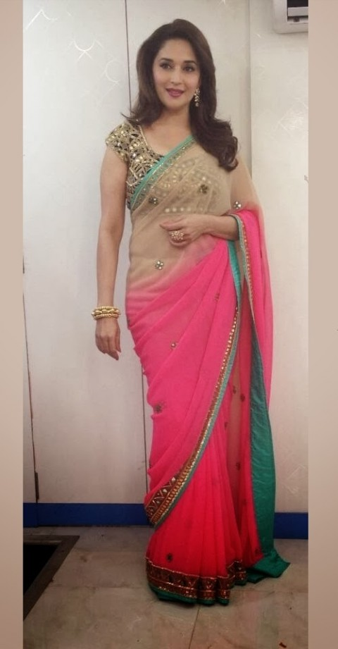 Madhuri-Dixit-Wear-Beautiful-Cute-Pink-Shaded-New-Fashion-Arpita-Mehta-Saree-7