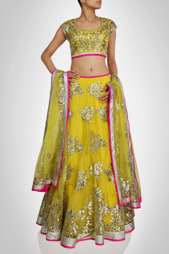 Anarkali-Long-Frock-New-Fashion-Outfits-for-Girls-by-Designer-Seema-Gujral-2