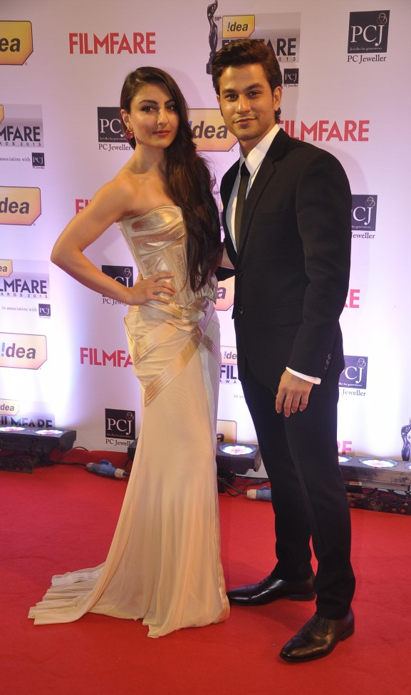 Bollywood-Indian-Movies-Famous-Celebrities-Stars-59th-Idea-Filmfare-Awards-Photo-Pictures-4
