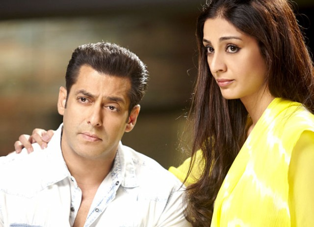 Salman-Khan-Daisy-Shah-at-Bollywood-Indian-Movie-Jai-Ho-Stills-Photoshoot-Pictures-