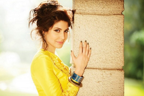 Anushka-Sharma-Bollywood-Indian-Actress-Model-New-Phtoo-Shoot-for-Magzine-Pictures-2