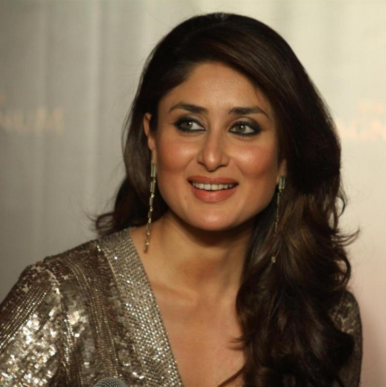 Kareena-Kapoor-Announced-as-Brand-Ambassador-Of-Magnum-Ice-Cream-Photo-Pictures-1