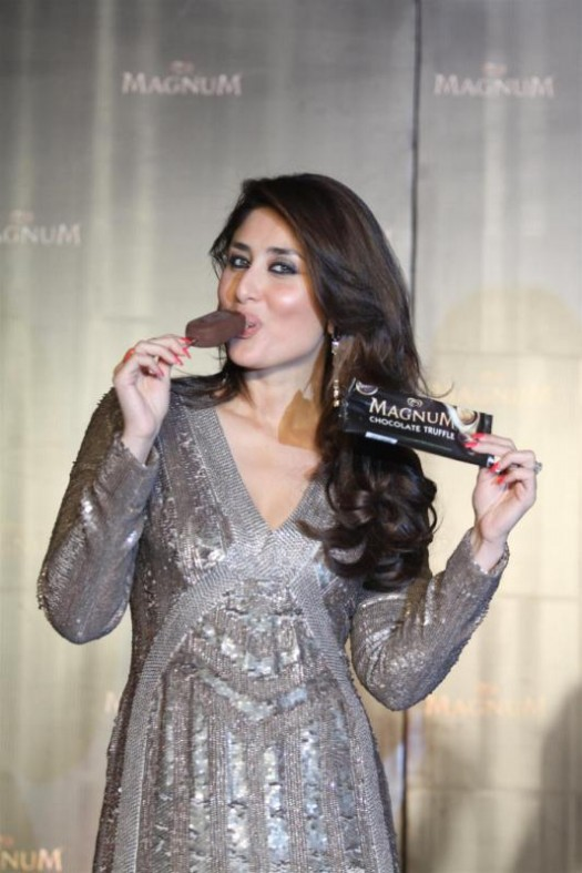 Kareena-Kapoor-Announced-as-Brand-Ambassador-Of-Magnum-Ice-Cream-Photo-Pictures-5