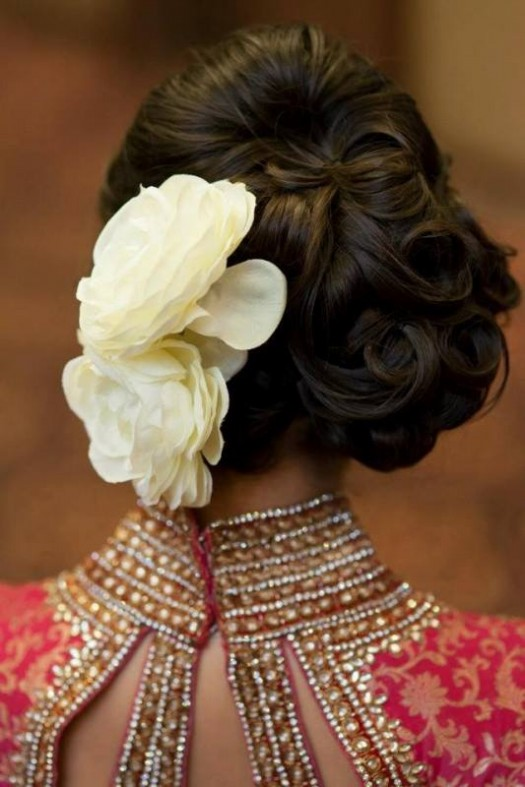 Wedding-Bridal-Pakistani-Indian-New-Fashion-Hair-Cuts-Style-for-Womens-Girl-4