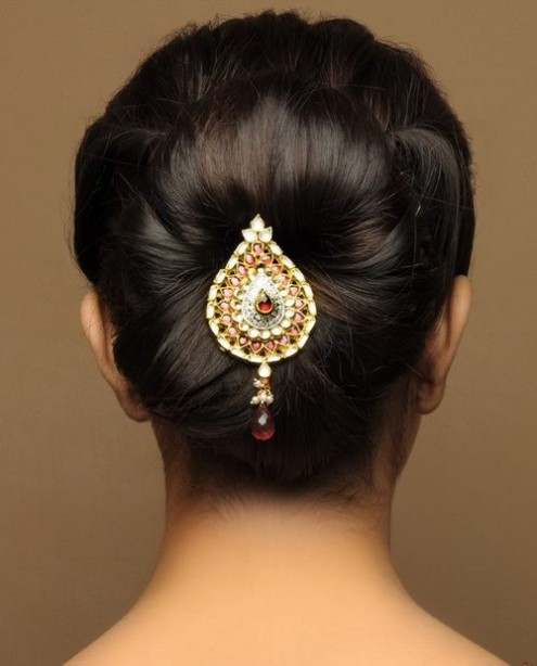 Wedding-Bridal-Pakistani-Indian-New-Fashion-Hair-Cuts-Style-for-Womens-Girl-7
