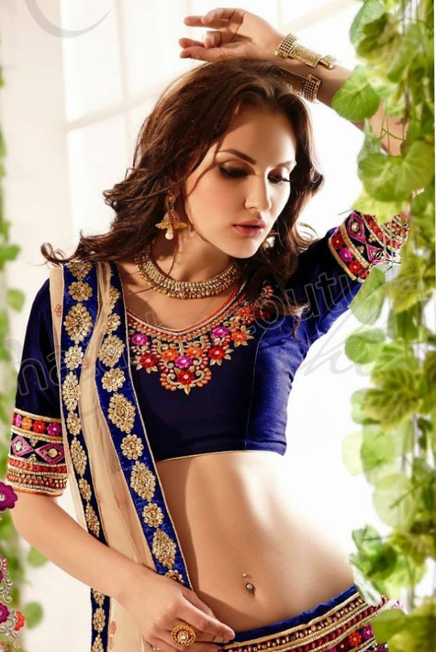 New-Fashion-Outfits-Bridals-Wedding-Brides-Wear-Lehenga-Choli-Sarees-Dress-by-Natasha-Couture-9