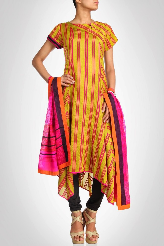 Anarkali-Churidar-Shalwar-Kamiz-New-Fashion-Style-Frock-Suits-by-Designer-Debashri-Samanta-4