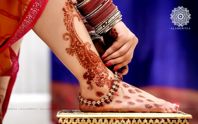 Indian-Pakistani-Beautiful-Mehndi-Designs-Photos-Image-Top-Ten-Best-Style-Mehendi-Pics-1