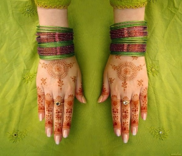 Indian-Pakistani-Beautiful-Mehndi-Designs-Photos-Image-Top-Ten-Best-Style-Mehendi-Pics-8
