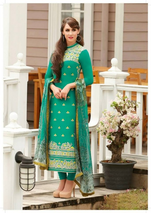 Shalwar-Kameez-Dress-Designs-Pakistani-Indian-New-Fashion-Girls-Women-Best-Salwar-Kamiz-7