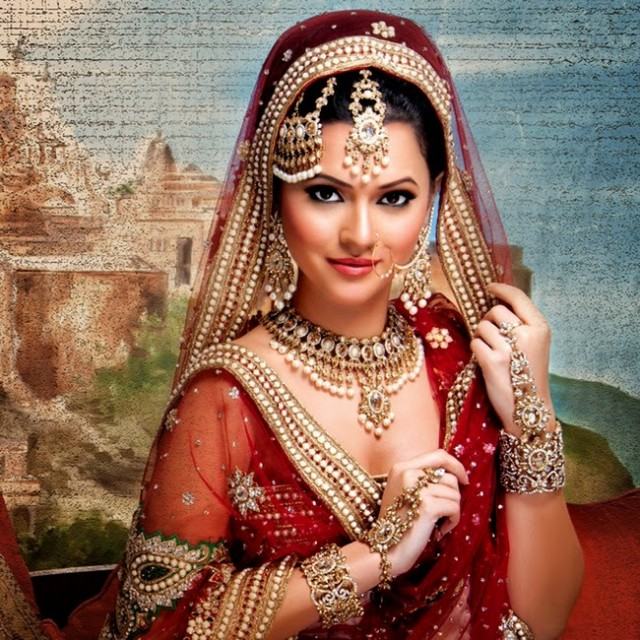 Indian-Bridal-Wedding-Jewellery-Set-Latest-Best-Stylish-Fashion-Collection-for-Brides-by-Kyles-Jewellery-5