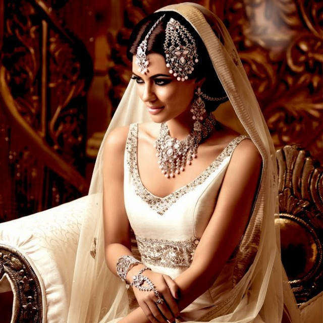 Indian-Bridal-Wedding-Jewellery-Set-Latest-Best-Stylish-Fashion-Collection-for-Brides-by-Kyles-Jewellery-9