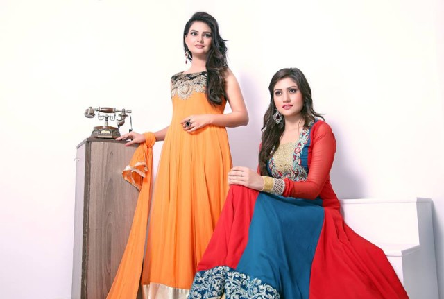Beautiful-Girls-Women-Eid-Ul-Fitr-Wear-New-Fashion-Outfits-Dresses-by-Zunaira's-Lounge-4