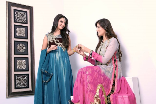 Beautiful-Girls-Women-Eid-Ul-Fitr-Wear-New-Fashion-Outfits-Dresses-by-Zunaira's-Lounge-6
