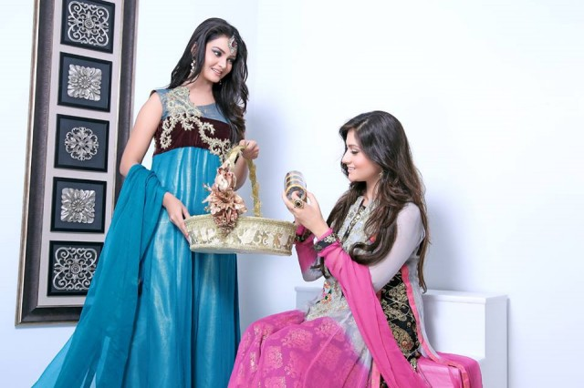 Beautiful-Girls-Women-Eid-Ul-Fitr-Wear-New-Fashion-Outfits-Dresses-by-Zunaira's-Lounge-7