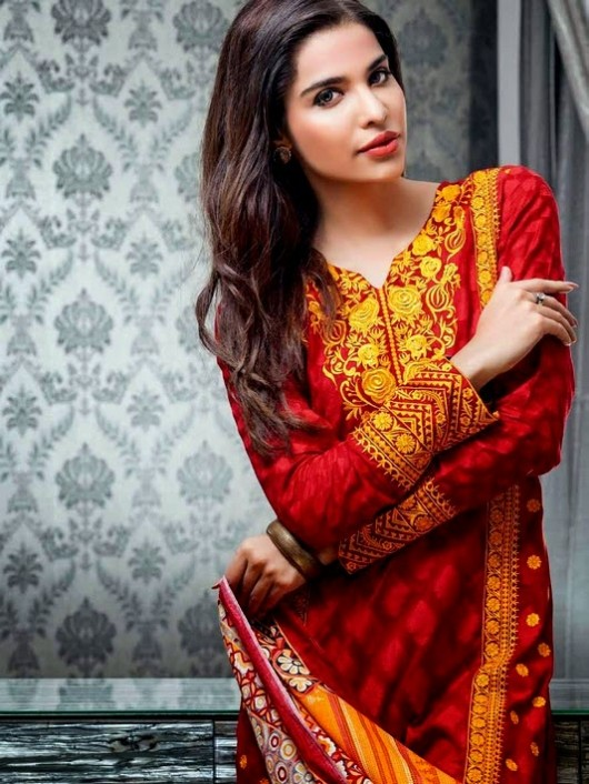 Beautiful-Girls-Women-Wear-New-Fashion-Outfits-Suits-Catalogue-by-Festive-Eid-Gul-Ahmed-8