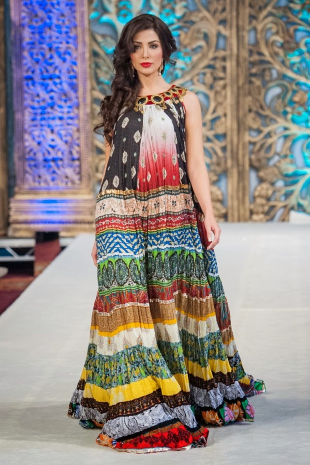 Beautiful-Weddings-Bridal-Dress-of-Asia-London-Fashion-Week-Show-by-Al-Zohaib-1